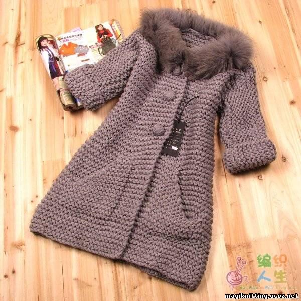 вязаное пальто пальто спицами для девочки пальто для девочек спицами Первая модель: пальто для ребенка, возрастом